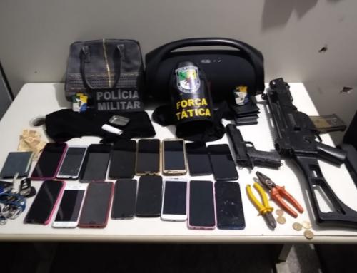 Polícia Militar apreende simulacros de armas, carro e celulares em Socorro