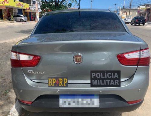 Polícia Militar detém oito pessoas que estavam num veículo roubado na Zona Norte de Aracaju